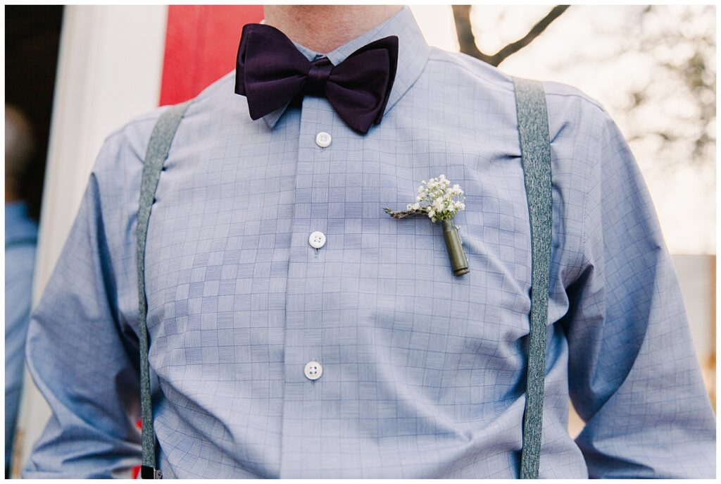 Groom bowtie and bullet boutonniere for outdoor Texas styled wedding at Fort Worth Country Memorial Wedding Venue photographed by Dallas wedding photographer Jenny Bui of Picture Bouquet Studio.