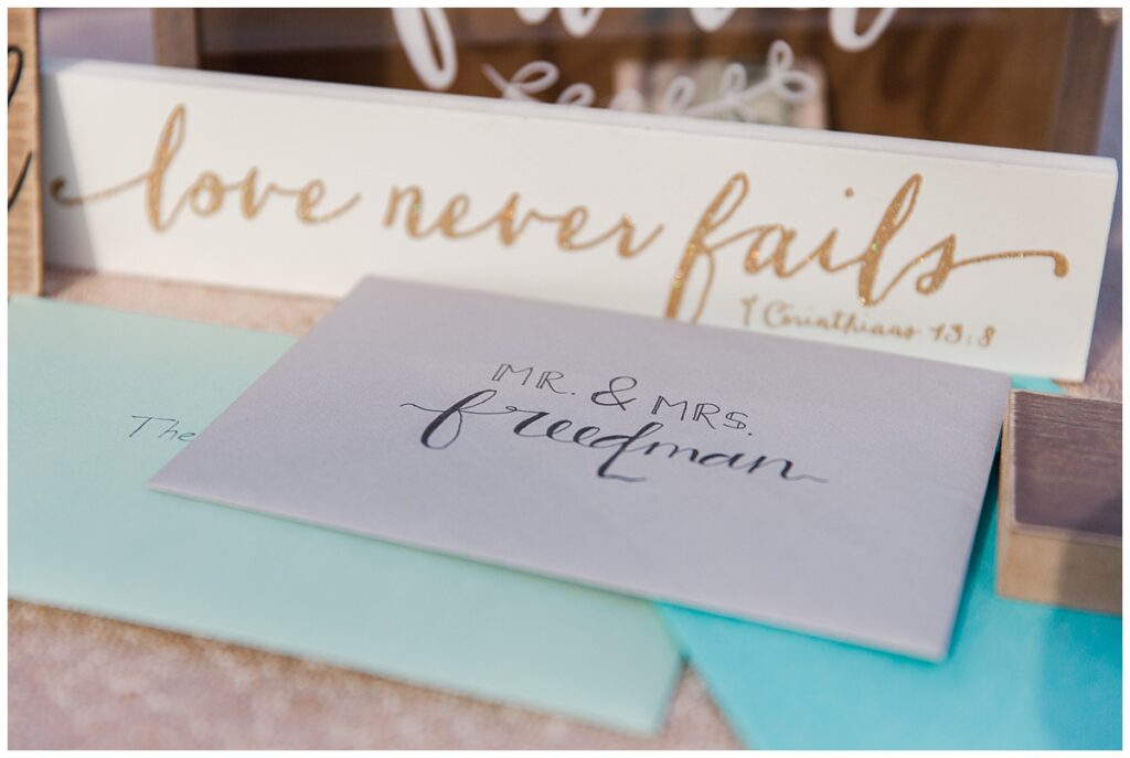 Cards and gifts for outdoor Texas styled wedding at Fort Worth Country Memorial Wedding Venue photographed by Dallas wedding photographer Jenny Bui of Picture Bouquet Studio.