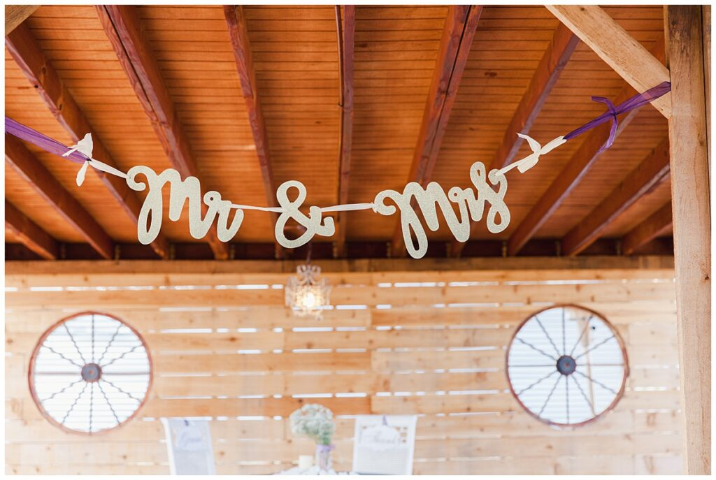 Wedding day decoration for outdoor Texas styled wedding at Fort Worth Country Memorial Wedding Venue photographed by Dallas wedding photographer Jenny Bui of Picture Bouquet Studio.